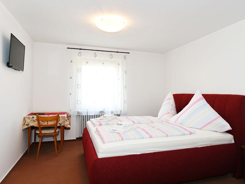 Zimmer / Gasthof zur Sonne in Wiechs